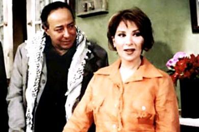 النجمين صلاح السعدني وبوسي في لقطة من المسلسل