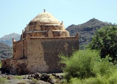 القبة الأثرية والتاريخية بنعمان