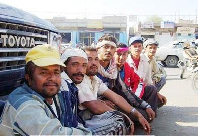 شباب دمنة خدير يعانون البطالة