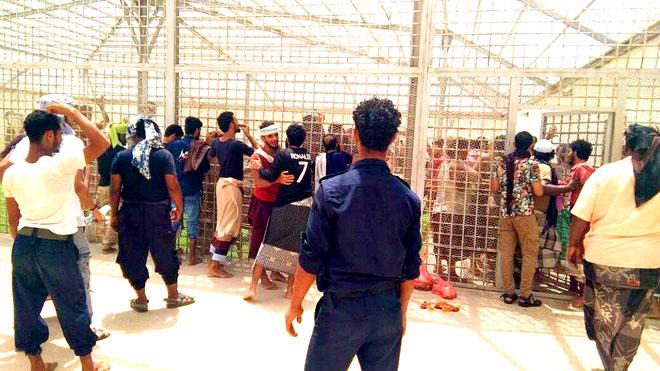 المحتجزين في سجن بئر أحمد