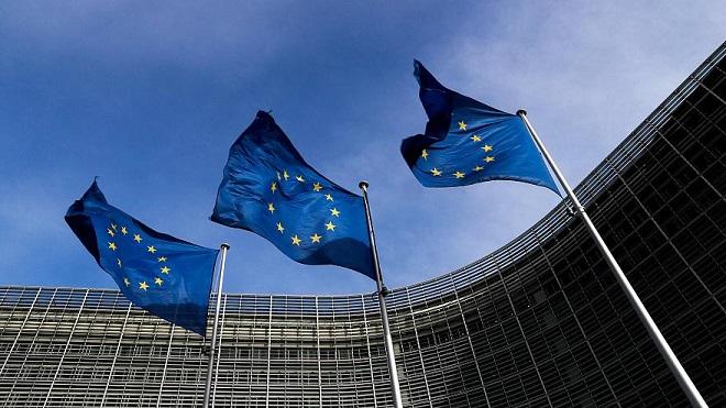 الاتحاد الأوروبي يلحق السعودية باليمن في «غسل الأموال»