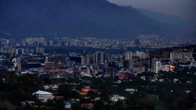 قلق متزايد في فنزويلا في اليوم الثالث للبلاد بلا كهرباء