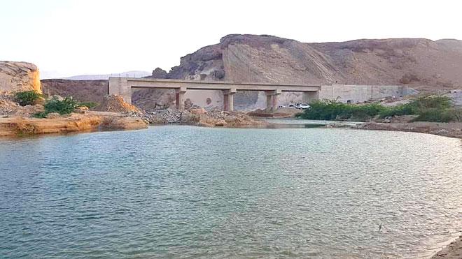 856da0a26bfff صحيفة الأيام - استكمال المرحلة النهائية لجسر المعابر بحجر حضرموت