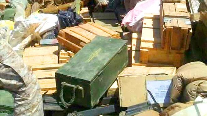 المقاومة: مأرب تعزز الحوثيين في مريس بشحنة أسلحة