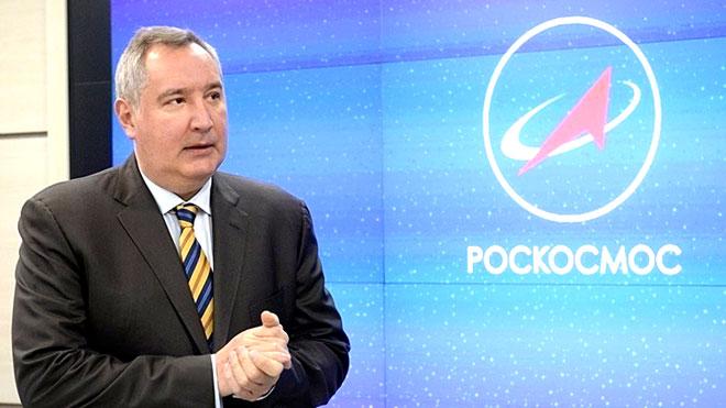 دميتري روغوزين رئيس وكالة الفضاء الروسية