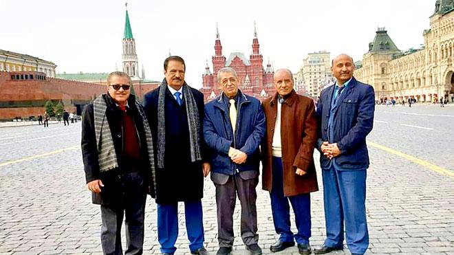 وفد الحزب الاشتراكي اليمني الذي زار موسكو