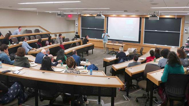 """""""10 أيام قبل الزفة"""" في جامعة هارفارد الأمريكية"""