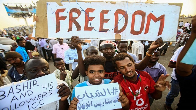 بهذه القضايا سيبدأ تحقيق القضاء السوداني مع البشير
