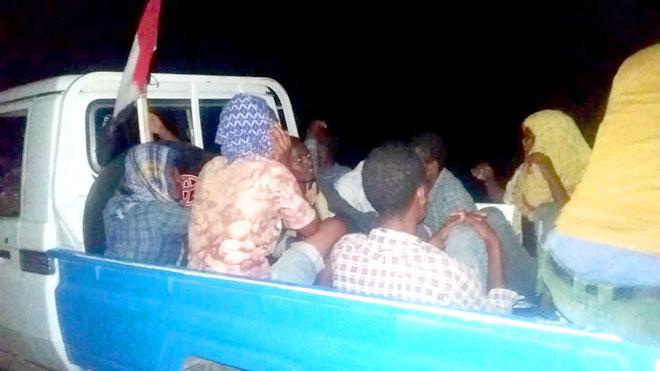 إيقاف عشرات المهاجرين الأفارقة في لحج