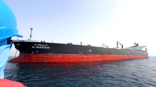 طهران تهدد بمنع مرور النفط في مياه الخليج