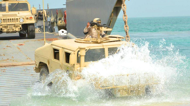 مناورات لاختبار جاهزية القوات الأمريكية في الخليج