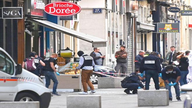 8 جرحى بانفجار في فرنسا يرجح انه طرد مفخخ
