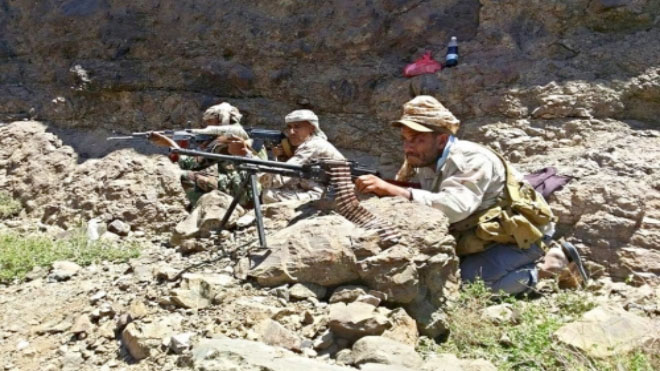 المقاومة الجنوبية تتوغل في موقع للحوثيين شمال الضالع وتعود بأسير