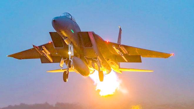 طيران التحالف يهاجم مواقع الحوثيين في جبهات الضالع