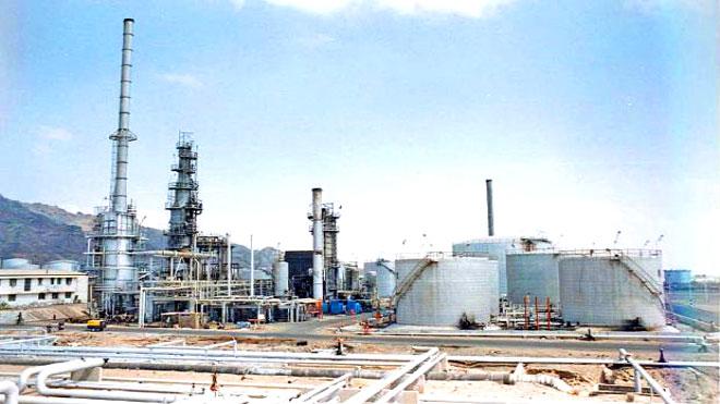 نقابة المصافي: البيع مباشرة من المصفاة تدمير لشركة النفط