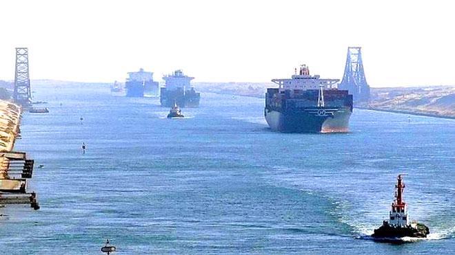 مصر تنفي توقيف سفينة إيرانية بقناة السويس