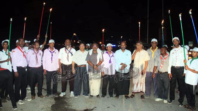 مسيرة كشفية لحملة المشاعل ضمن فعاليات مهرجان البلدة