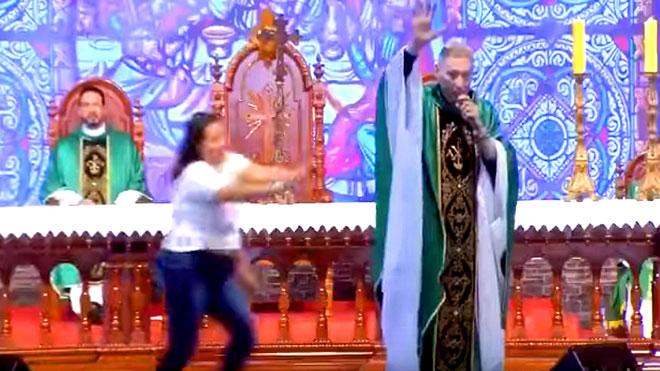 راهب يزعم أن السمينات لا يدخلن الجنة