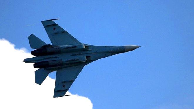 مقاتلات روسية ضاربة في طريقها الى مصر والجزائر