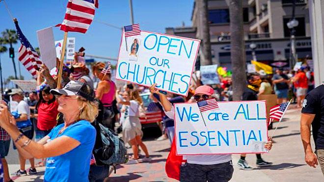 تظاهرات مطالبة بإعادة فتح كاليفورنيا وتخفيف تدابير الحد من تفشي الوباء