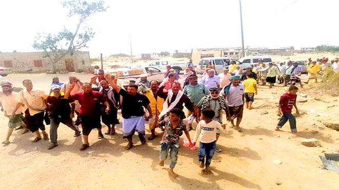 هيئة العسكريين تصعد احتجاجاتها أمام مقر التحالف