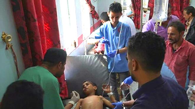 إصابة أطفال بقصف بتعز وأطباء بلا حدود تدعو لتفادي المدنيين