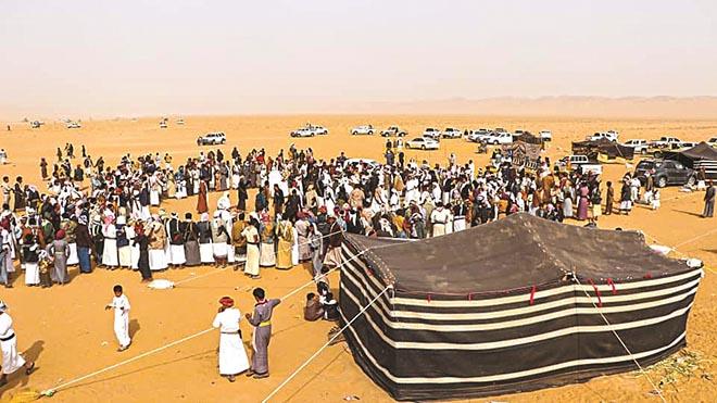 يقول بعض اليمنيين أن التراث الموجود في المهرجان يعود لثلاثة آلاف سنة