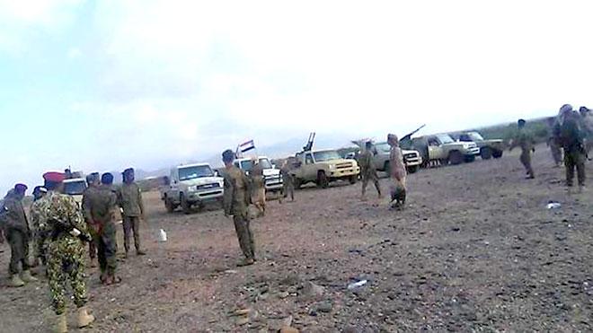 القوات المشتركة بلحج تفرض طوقا عسكريا في حدود تعز